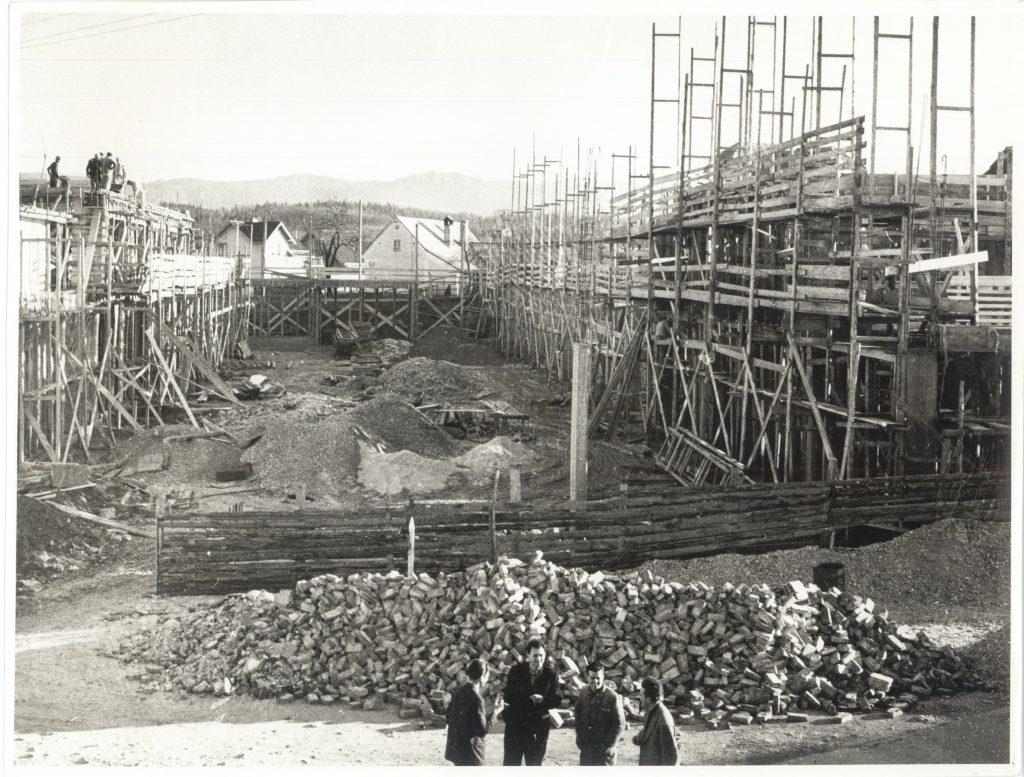 Začetek gradnje nove karosernice, 1958.