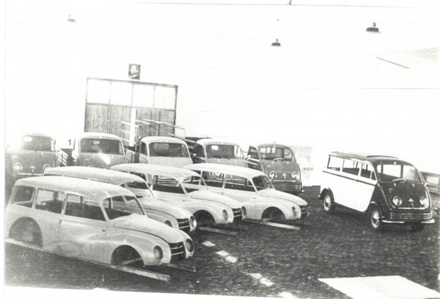 V IMV so začeli avtomobilsko pot z avtomobilom DKW, osebnim in dostavnim vozilom.