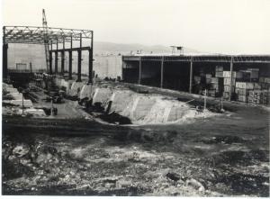 Mamutski temelji stiskalnic v izgradnji, 1974.