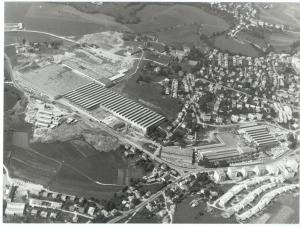 Pogled iz zraka na tovarno avtomobilov IMV.
